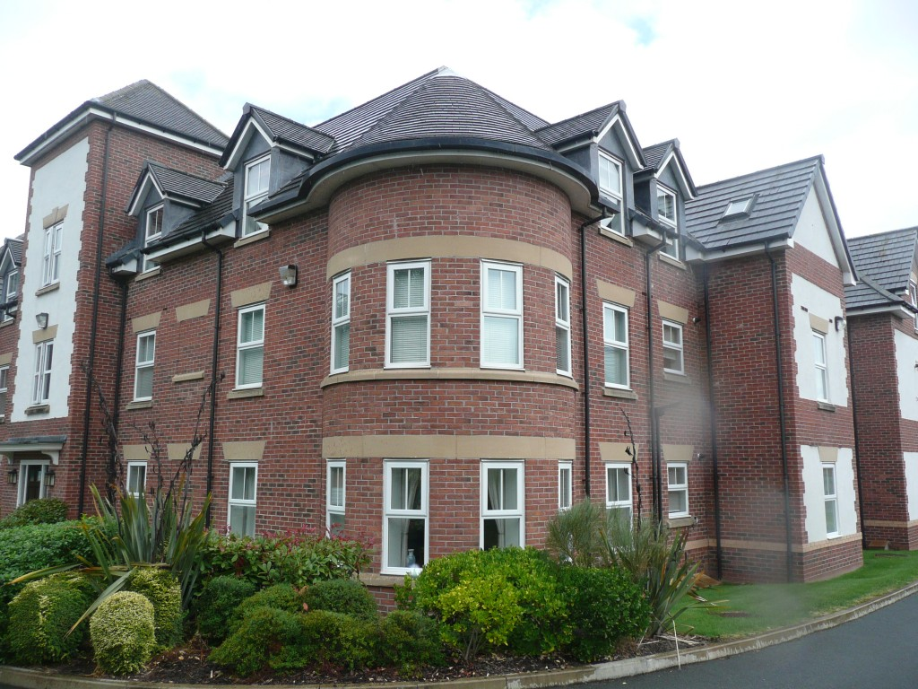 14 delamere external 18th august 2014